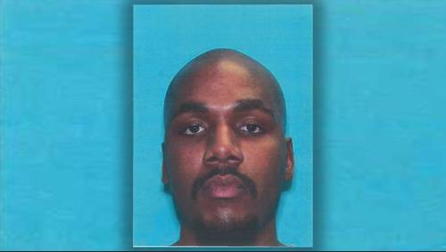 Suspect in custody after deadly stabbing at Waller County business
