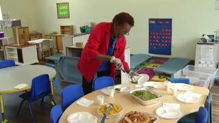 Foster grandparent helps students in Parramore neighborhood
