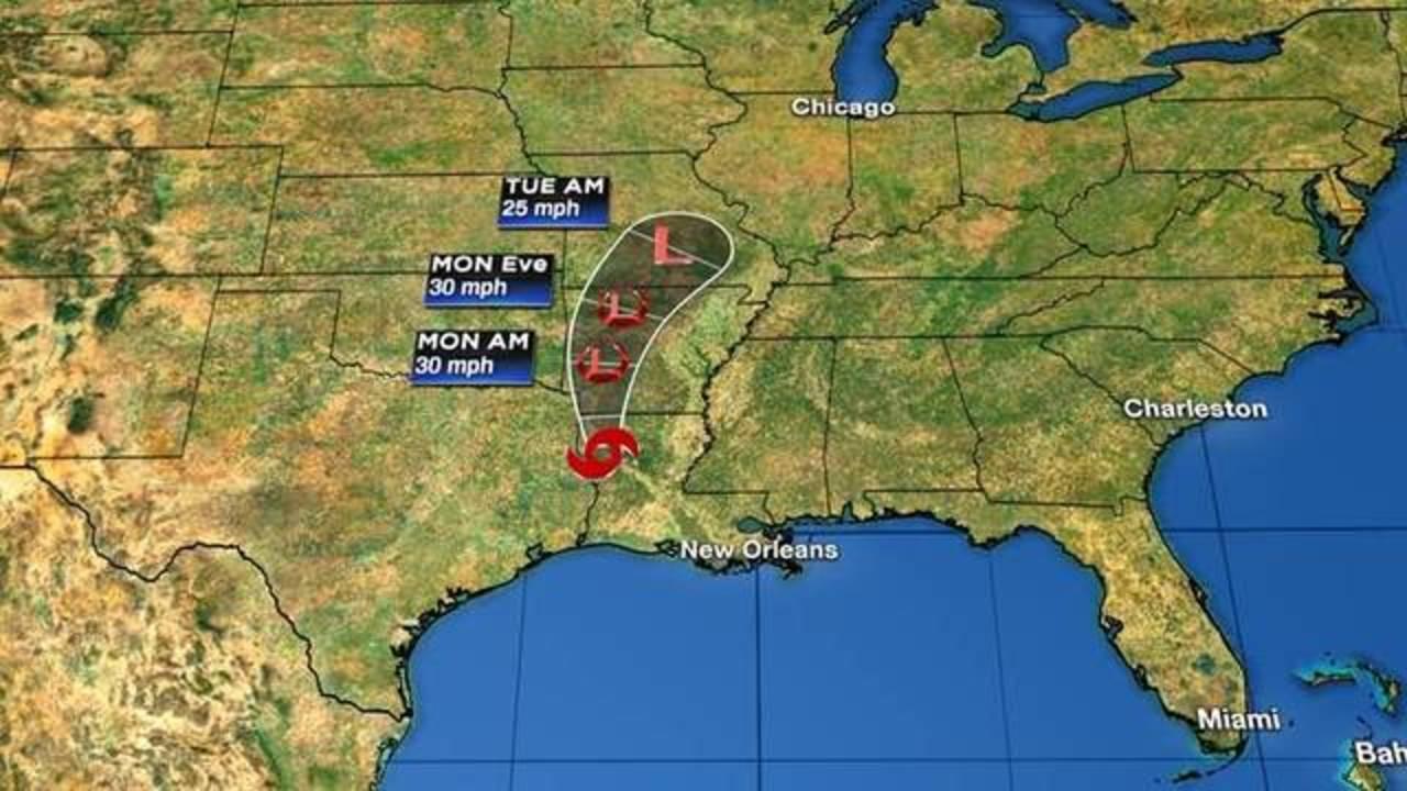 WPLG_hurricanes_Tropical_Storm_Barry_Advisory_Number_17_1563117804050.jpg