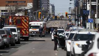 Toronto collision leaves 9 dead, 16 injured&#x3b; suspect in custody