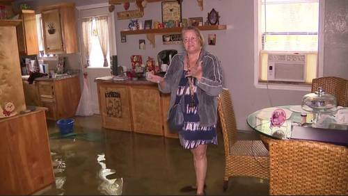 Texas City residents deal with rising water in homes