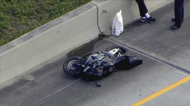 Crashed motorcycle on I-595