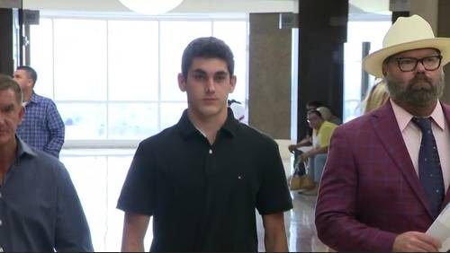 Teen charged in deadly crash drank 'full bottle of Mad Dog 20/20,' prosecutors say