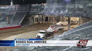 Video: Dirt transforms AT&T Center into rodeo arena