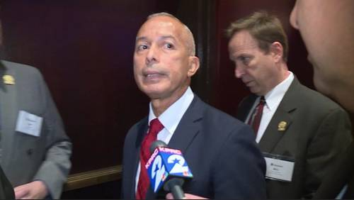 New controversy for Houston Airport director facing lawsuit for alleged 'unlawful' conduct