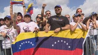 Hundreds gather in Doral to keep pressure on Maduro's regime