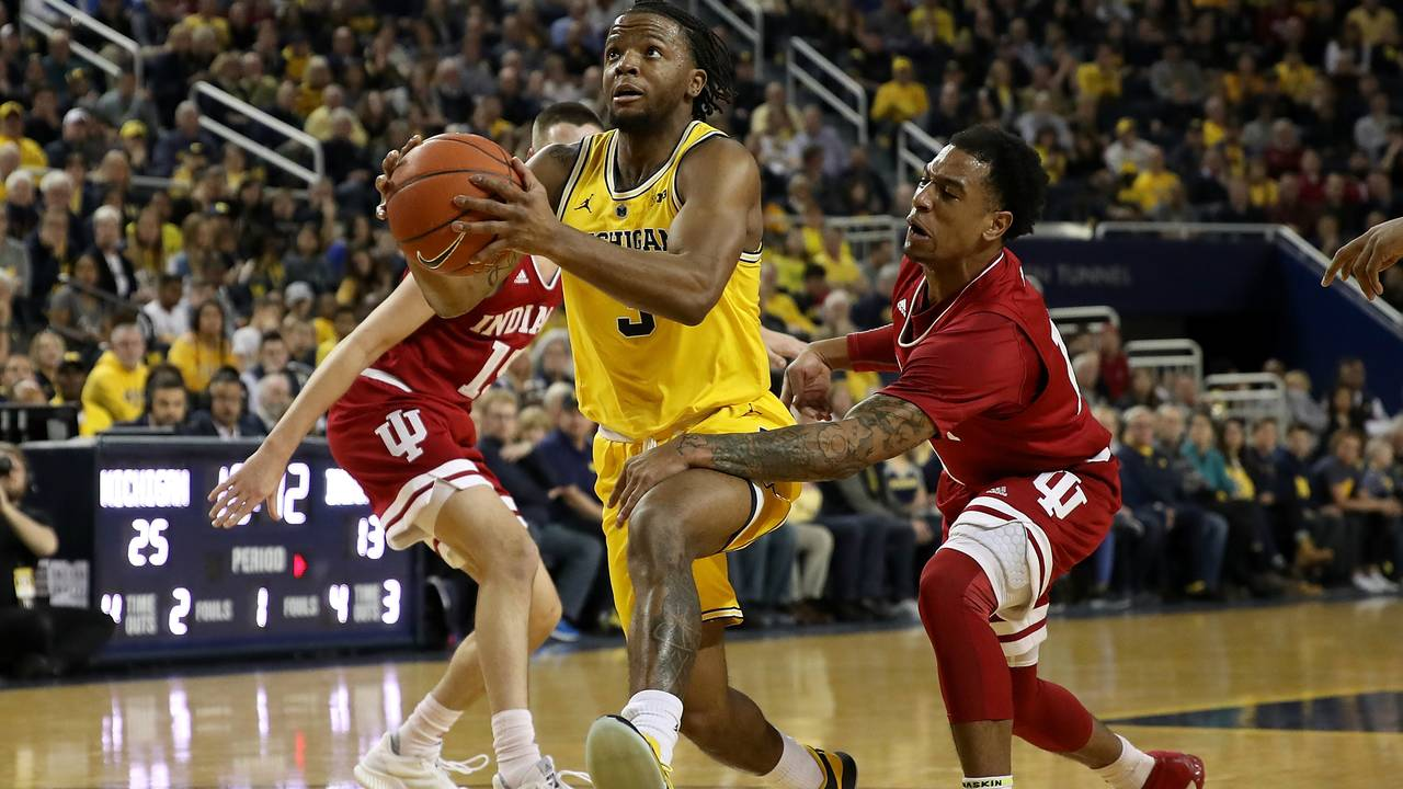 Zavier Simpson Michigan basketball vs Indiana 2019