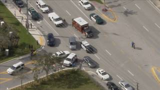 BSO deputy accidentally shoots himself while responding to North Broward&hellip&#x3b;