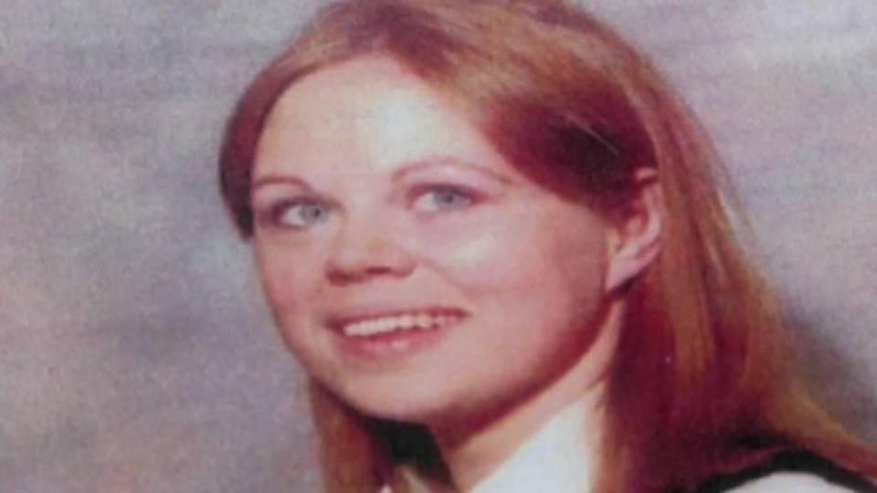 Marlene Warren, fatally shot by clown in 1990
