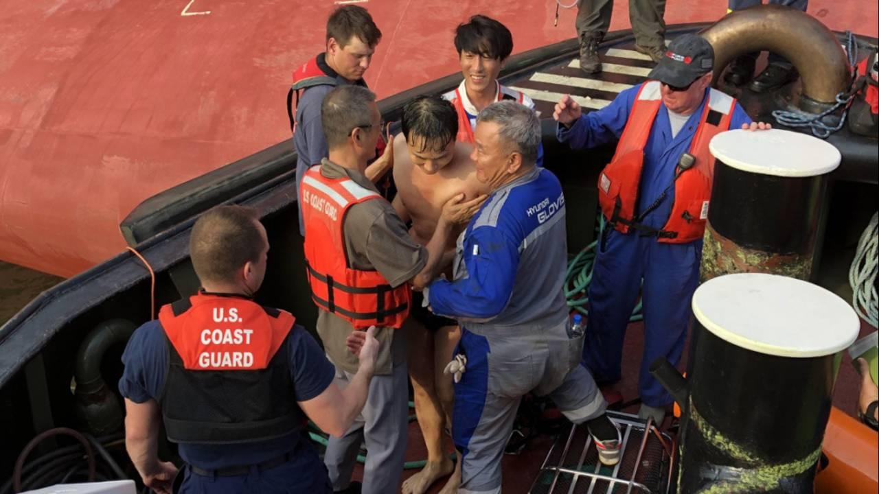 09-09 Coast Guard crew member rescued