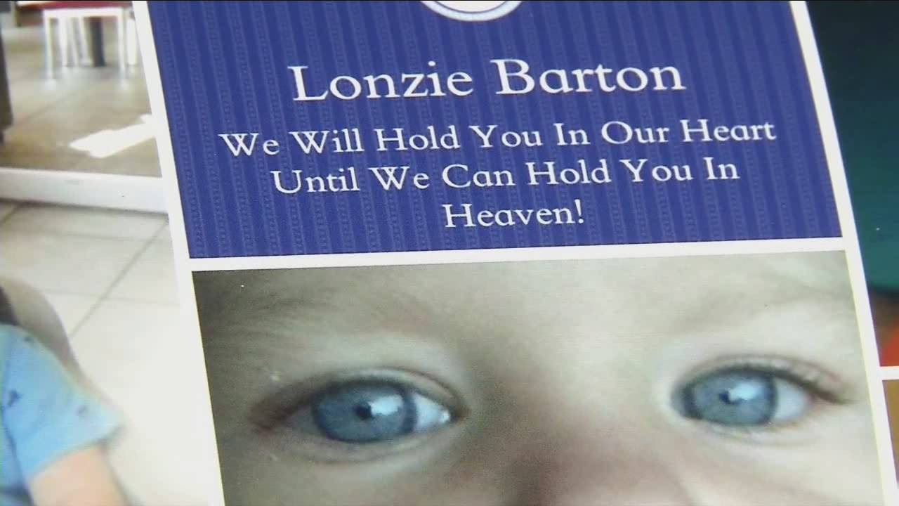 Lonzie Barton vigil20160123233640.jpg