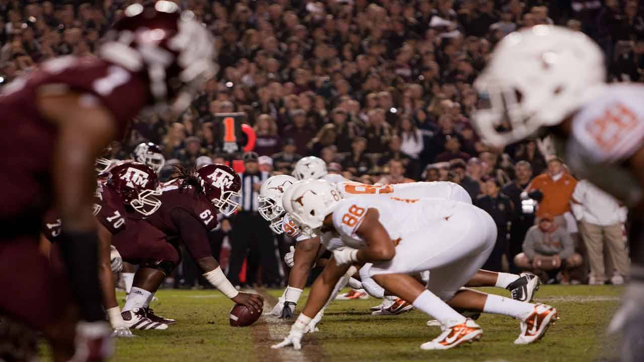 Texas A&M Aggies line up against Texas Longhorns for final time in 2011