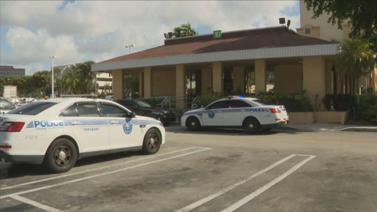 Miami police outside TD Bank