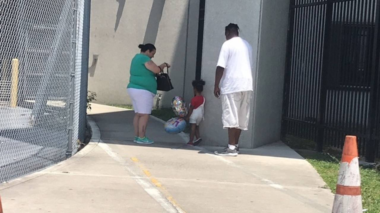Yaairnes Bryant's family waiting for him outside jail