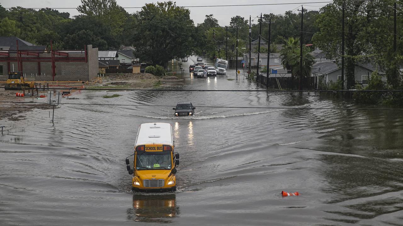 Imelda TX flooding 408213634-75042528