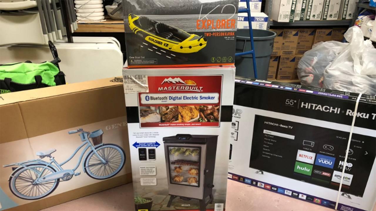 adult egg hunt prizes 1 1280x720_1522257481290.jpg.jpg