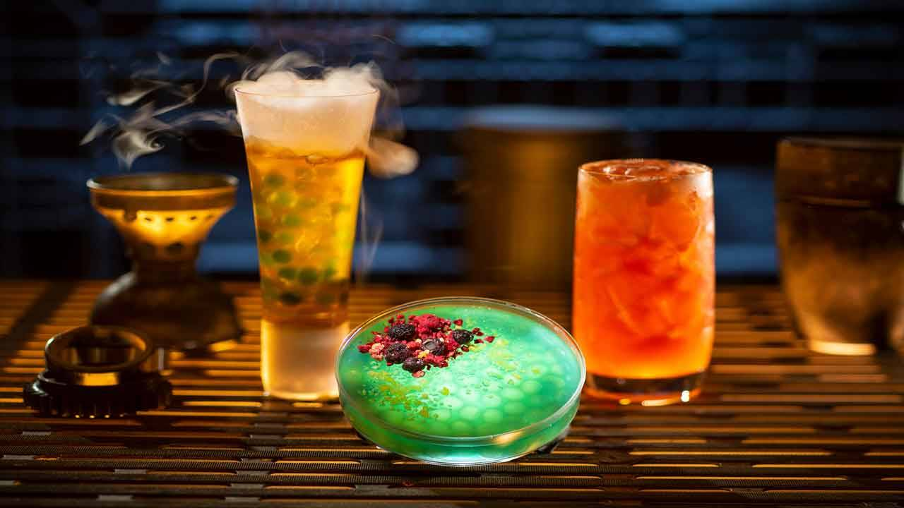 'Star Wars Galaxy's Edge' Oga's Cantina concoctions