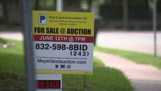 Following floods: Some Meyerland homeowners try auction route