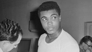 Louisville renames airport after hometown hero Muhammad Ali