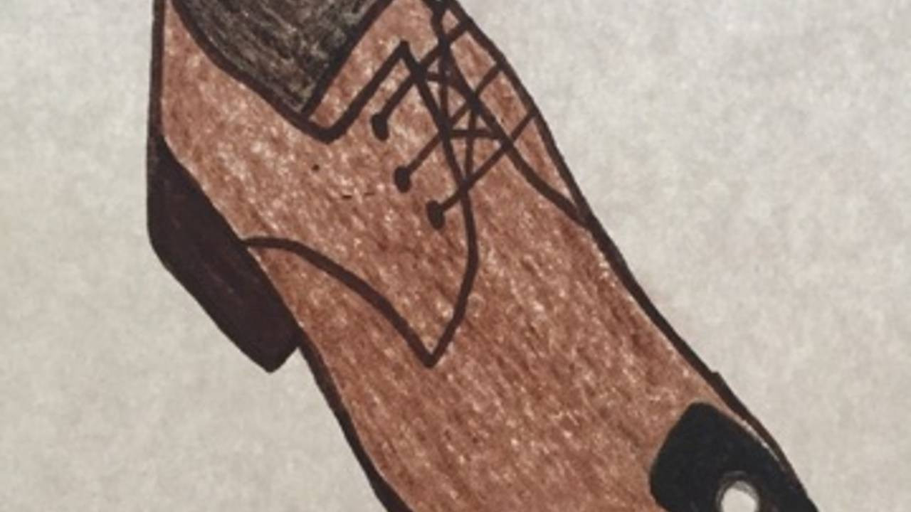 Peeping Tom victim draws picture of shoe with camera on it
