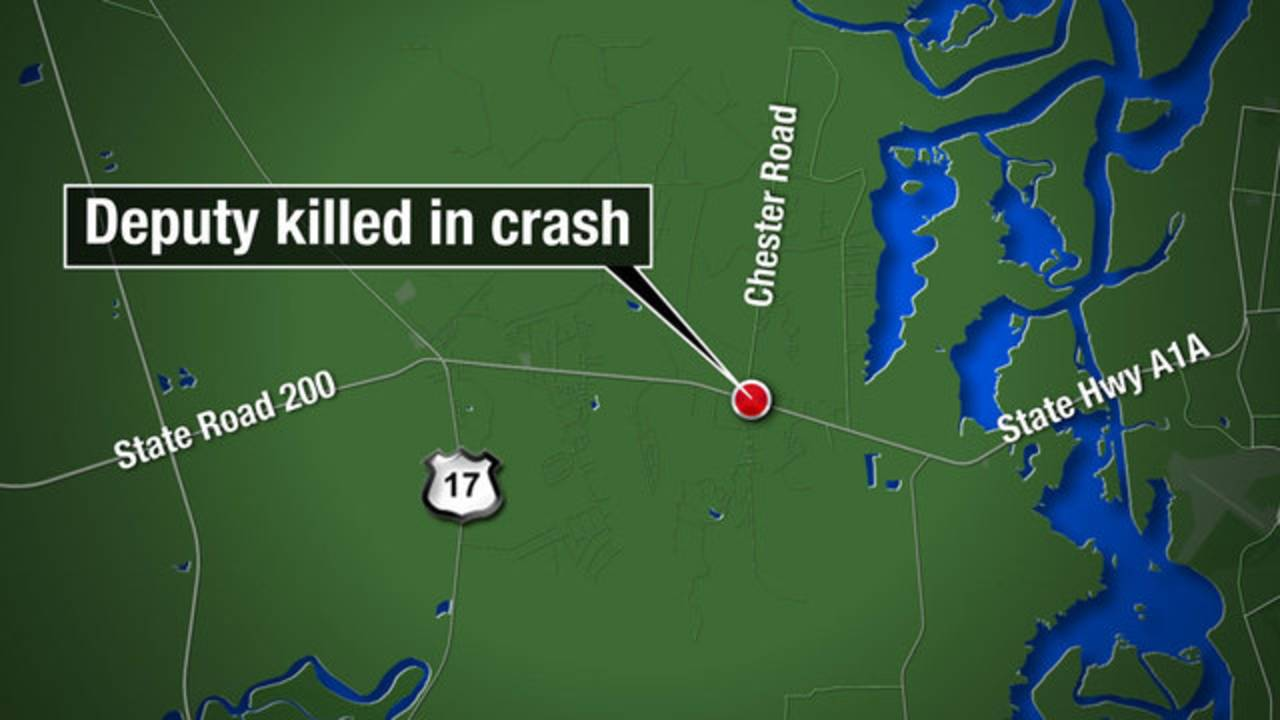 Florida deputy in foot chase struck, killed by car