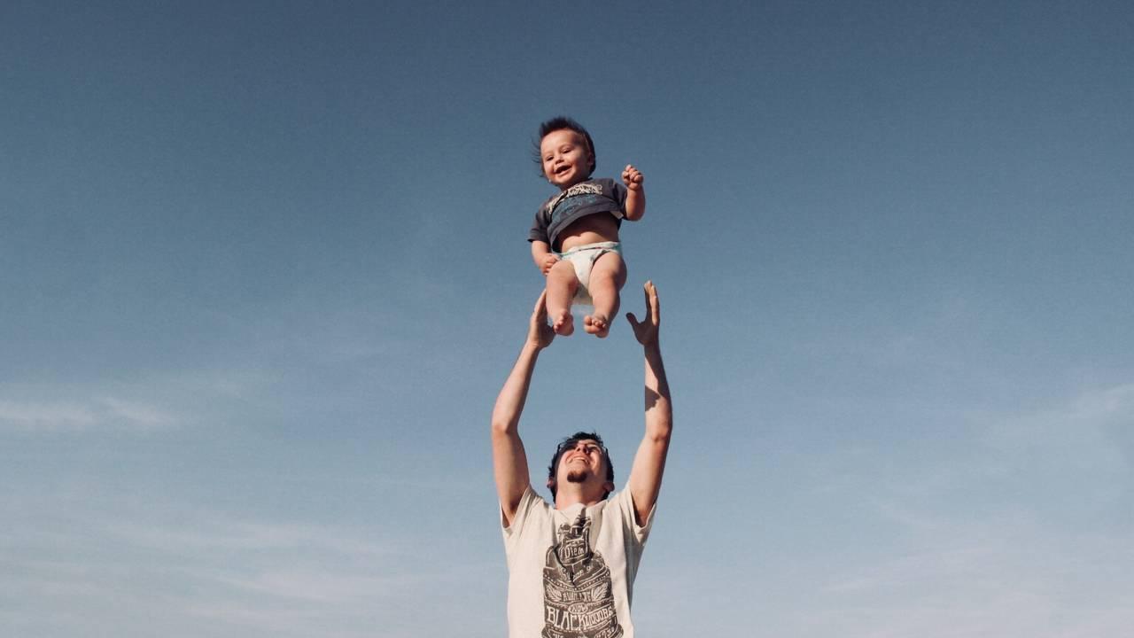 baby-dad-generic-pexels.jpg