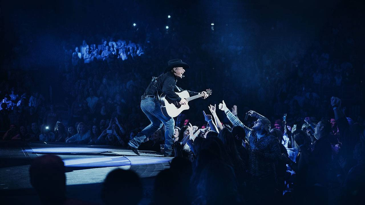 Garth-Brooks_1521413902223.jpg