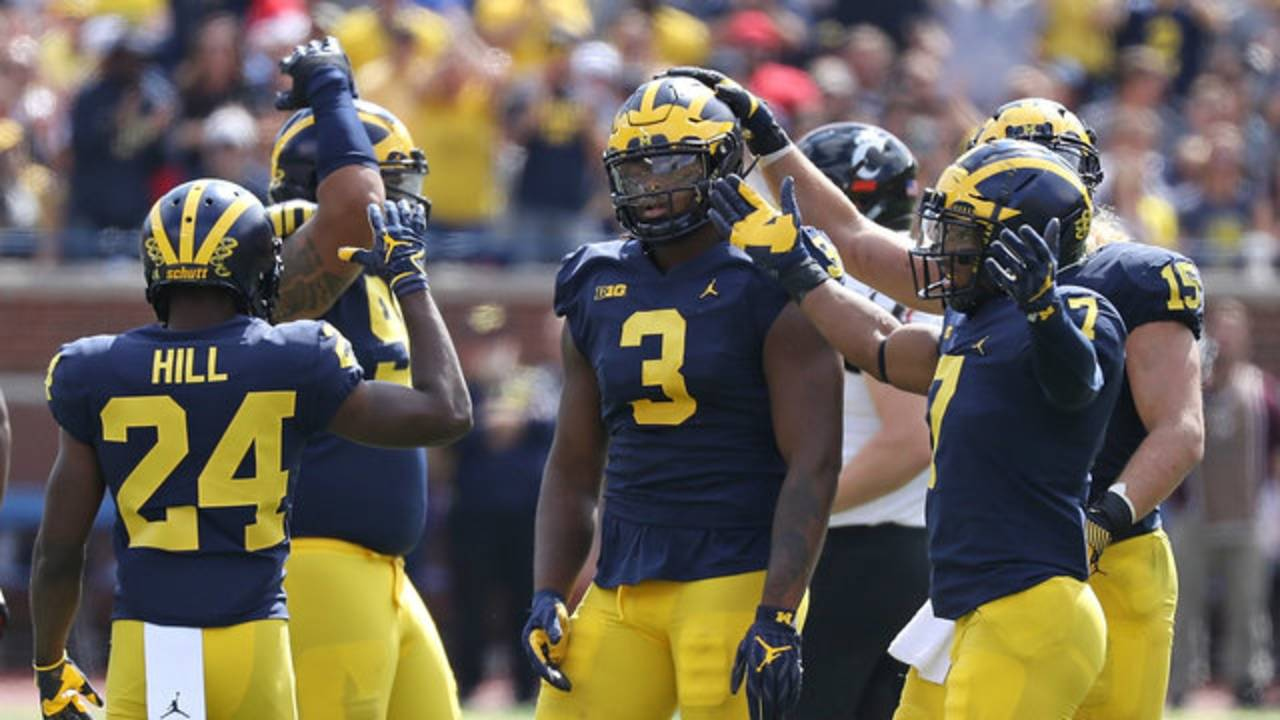 Rashan Gary defense Michigan football vs Cincinnati 2017