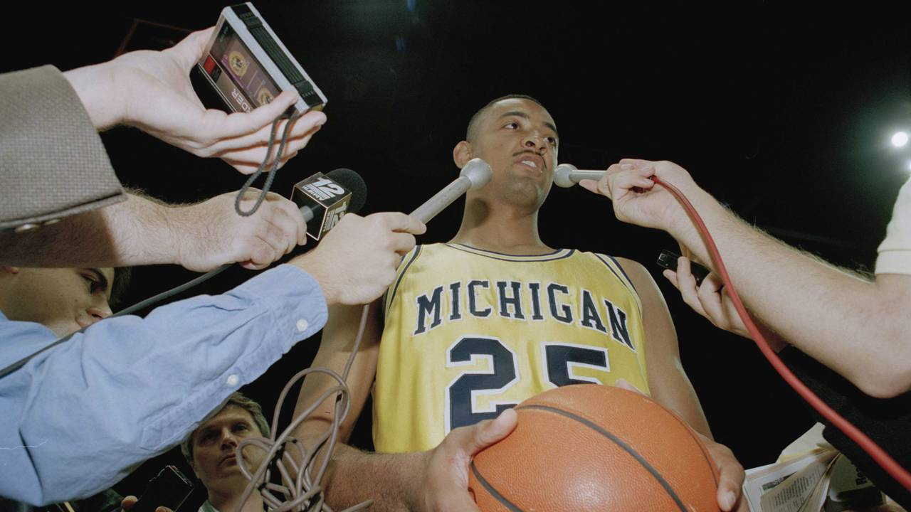 Juwan Howard with Michigan Wolverines in 1993