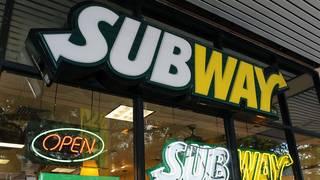 Subway starts loyalty program to turn around sales