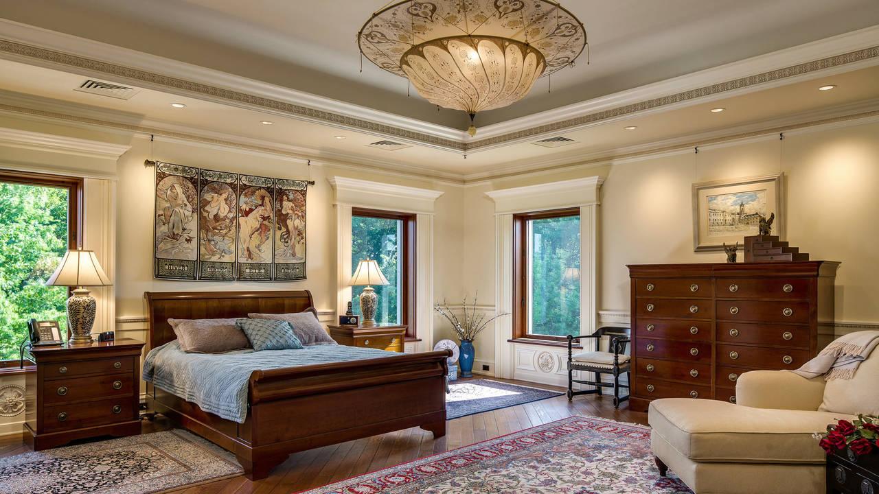 Dogwood Manor bedroom