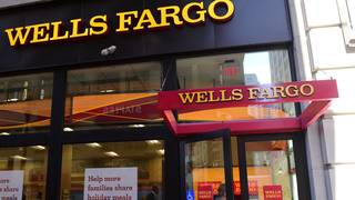 Wells Fargo customers experiencing outages with online