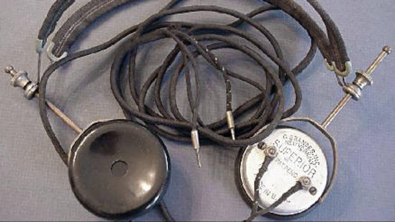 1920 headphones_1550776462783.jpg.jpg