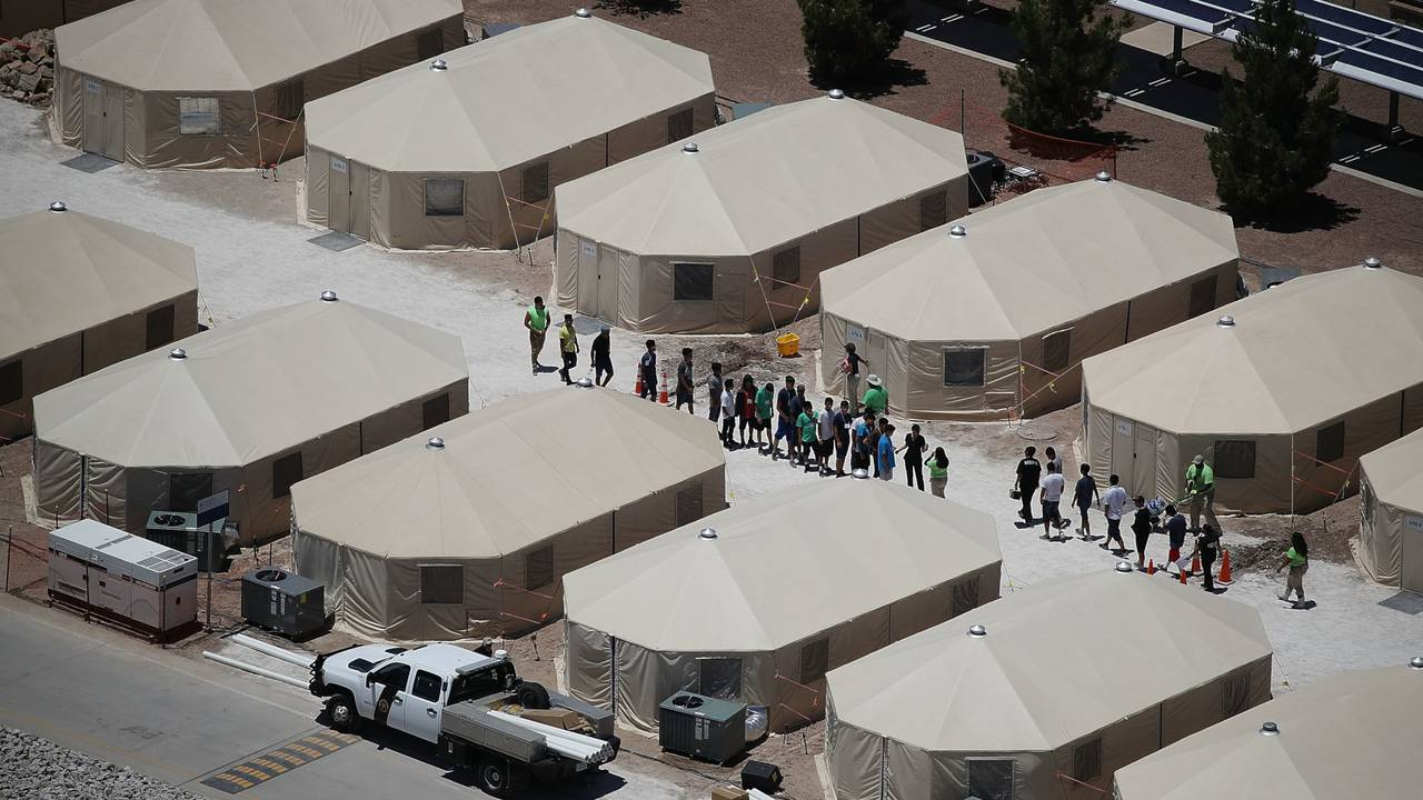 migrant children tent detention facility in Tornillo, Texas03947788-75042528