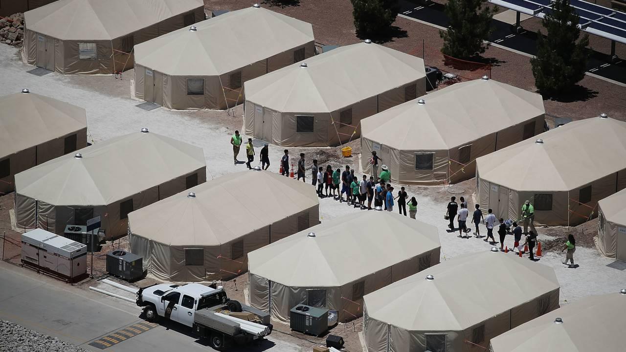 migrant children tent detention facility in Tornillo, Texas03947788-75042528