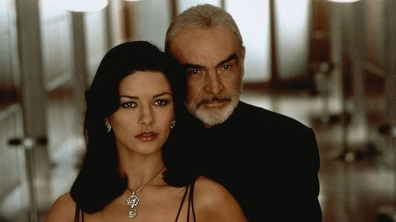 Catherine Zeta Jones, Sean Connery, Entrapment_17151669625656