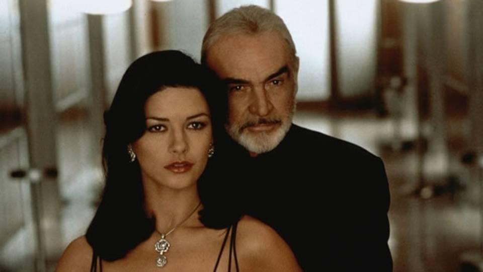 Catherine Zeta Jones, Sean Connery, Entrapment_17151669625656