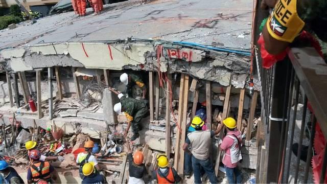 Mexico City earthquake Enrique Rebsamen School rescue-75042528.jpg39516921
