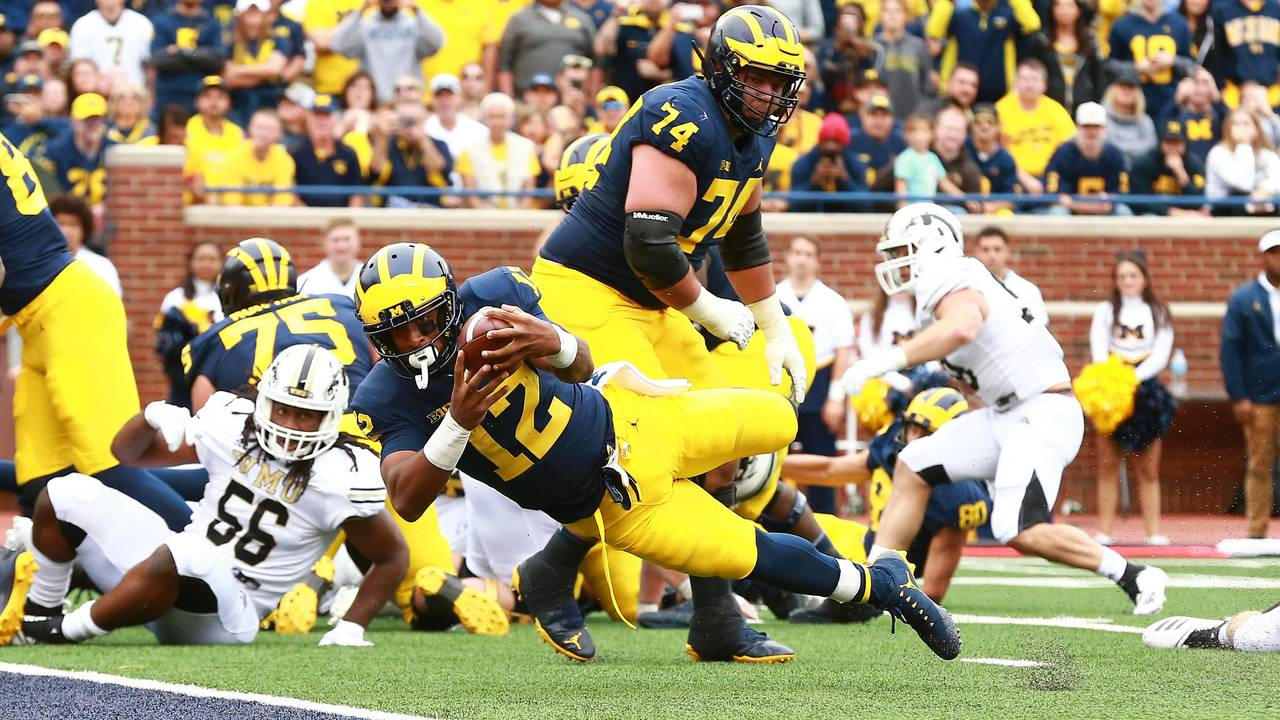 Chris Evans touchdown dive Michigan football vs Western Michigan 2018