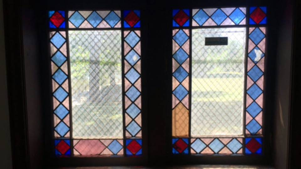 Detroit log cabin windows