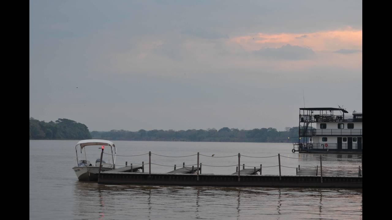 River sunrise_1570414237856.jpg.jpg