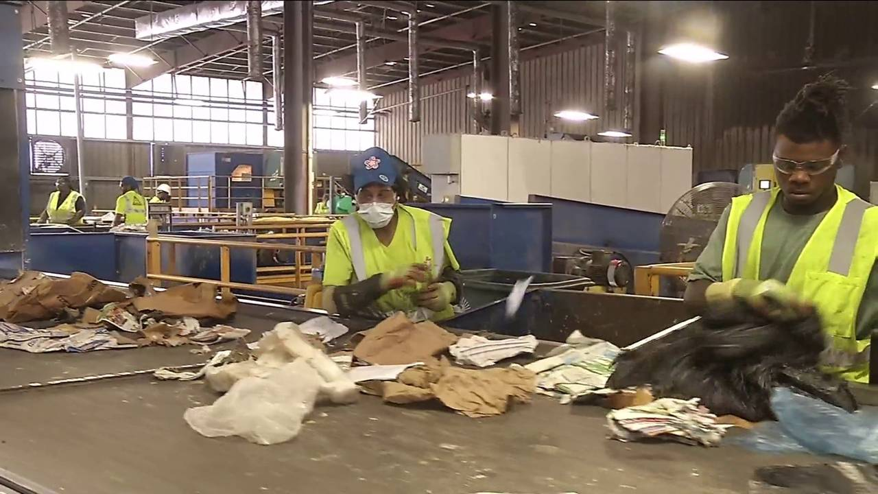 Recycling Dangers are you recycling the wrong items20180531203749.jpg