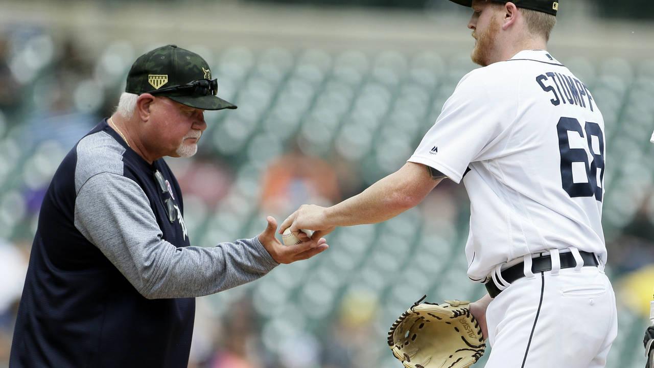 Ron Gardenhire and Daniel Stumpf Detroit Tigers vs Athletics 2019