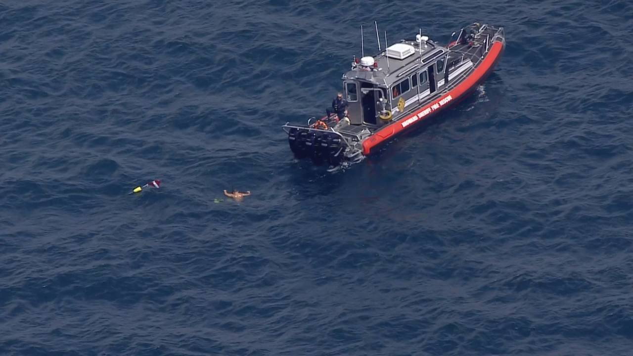 Divers search for missing boater near Hillsboro Inlet