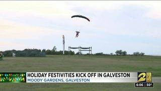 Holiday Festivities Kick Off in Galveston