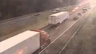 Crash causes delays on I-81 North in Roanoke County