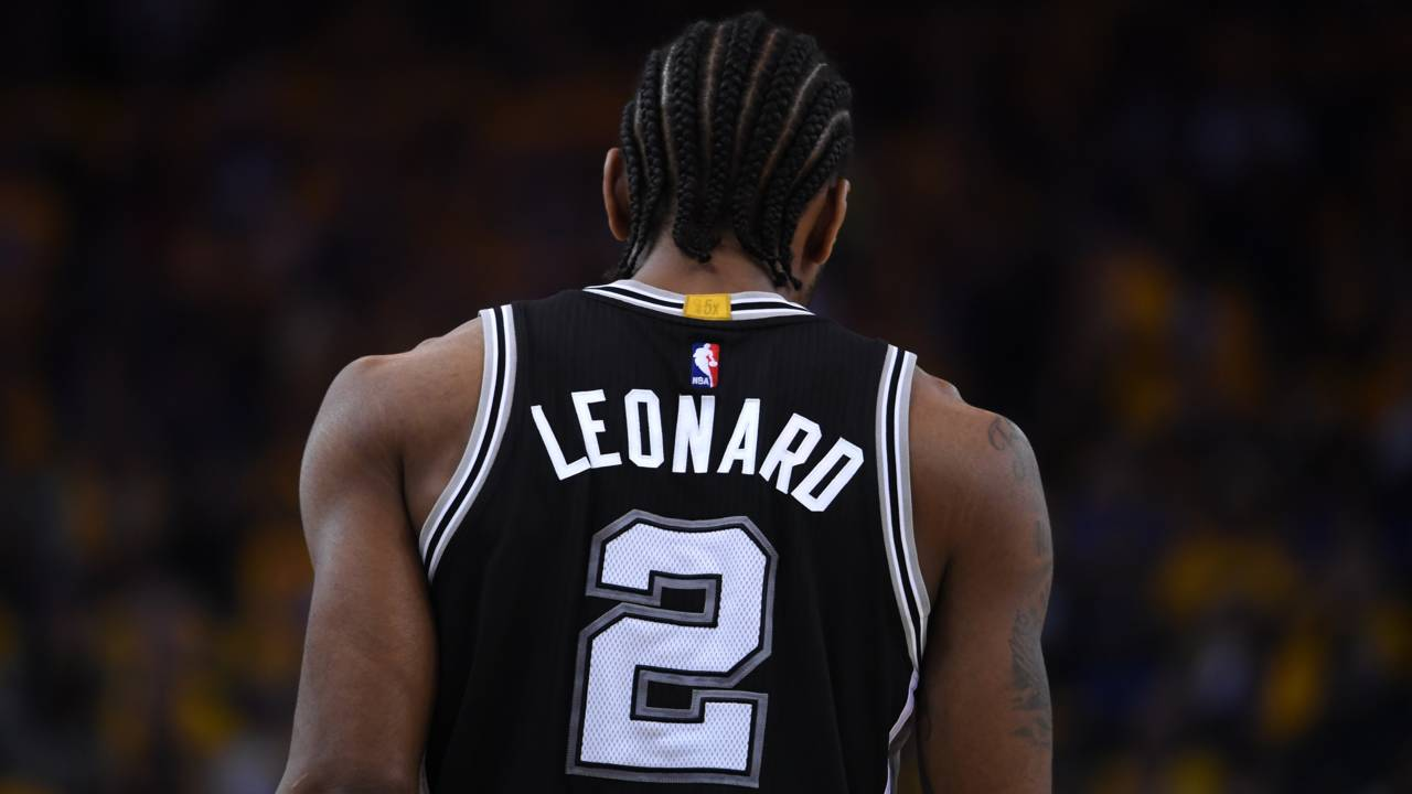 c152d0b3f820 Spurs  Leonard ranks in top 10 among NBA s top selling jerseys
