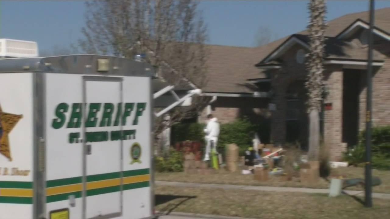 Couple s rental home raided_31598778