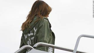 Melania wears jacket saying 'I really don't care. Do U?' ahead of border visit