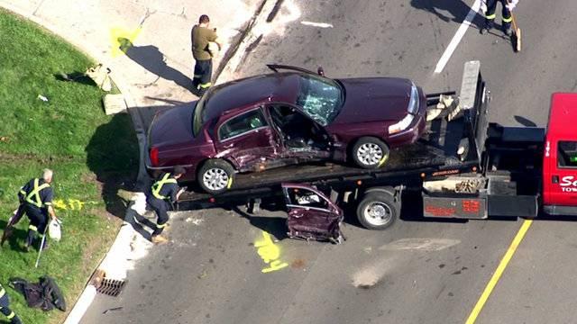 Purple car 14 Mile and Ryan roads crash